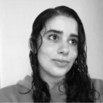 Julia_Bio